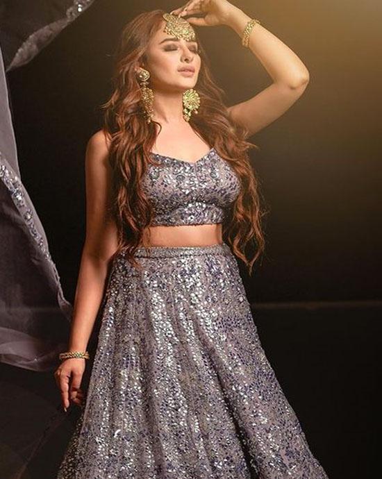 grey lehenga mahira sharma fashion diva