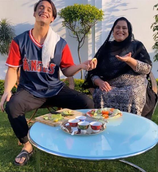 asim with his mother