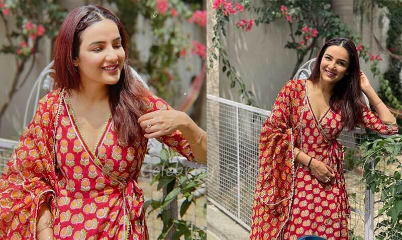 Jasmin bhasin in traditional attire
